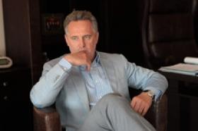 """У розпал скандалу з """"Інтером"""" стало відомо, що Фірташ може профінансувати інший телеканал"""