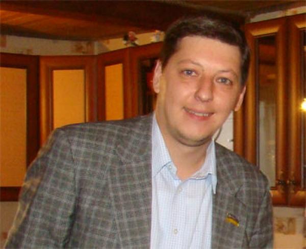 Глава Шевченковской РДА Гаряга - миллионер, но не Пилипишин, но рядом лежал