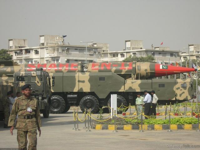 Кто лидирует в гонке ядерных вооружений