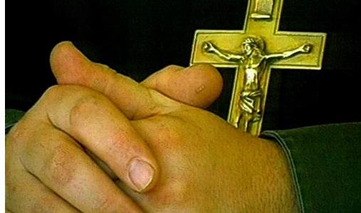 Пьяный россиянин прогулялся в украденной рясе священника
