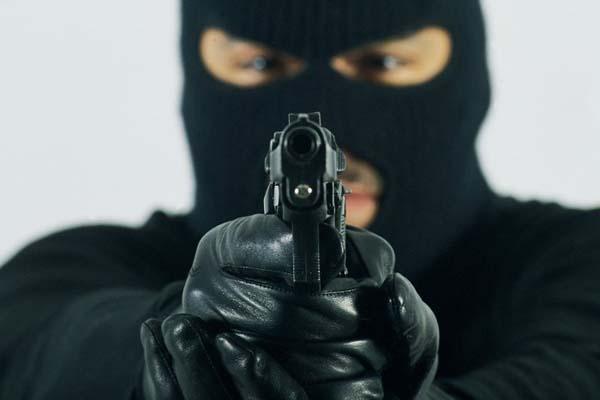 Новая полиция признает рейдерство законным