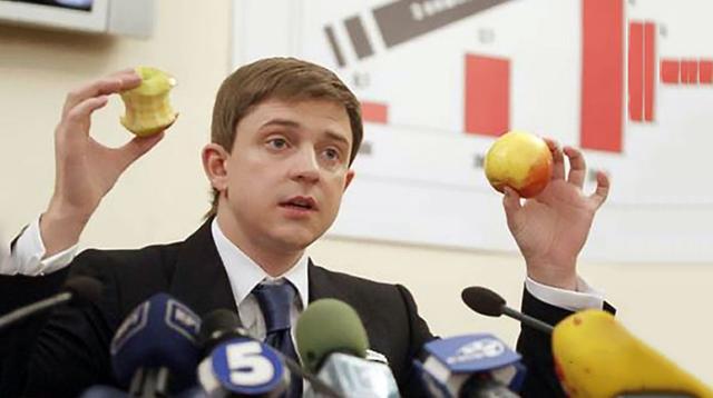 Олесь Довгий: аферы с киевской землей, подкуп избирателей и искушение Онищенко
