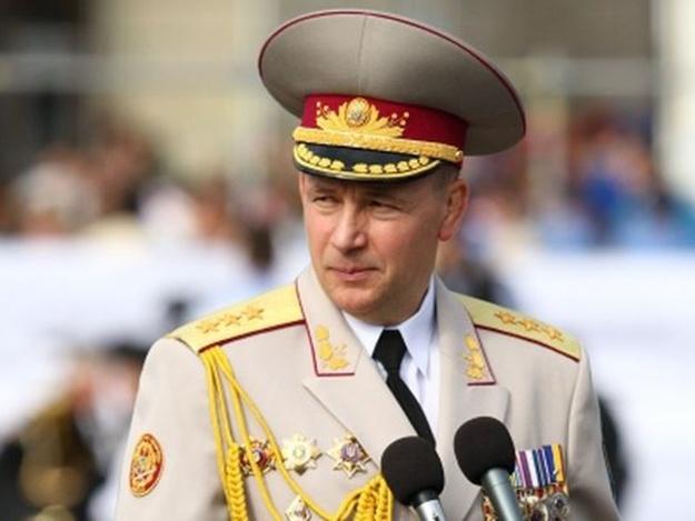 Экс-министр обороны Украины купил усадьбу в Англии за 36 миллионов долларов