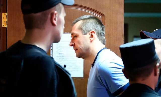 Полковника-миллиардера Захарченко признали виновным во взятке на $800 тыс