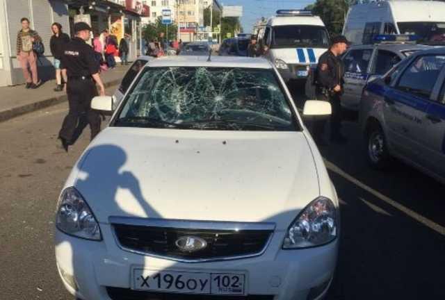 СК: житель Уфы застрелил знакомого и ранил девушку из-за денежного долга