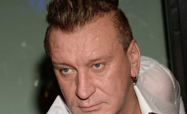 Обвиненный в пьянстве Пенкин хочет судиться с U-Tair из-за того, что его не пустили в самолёт