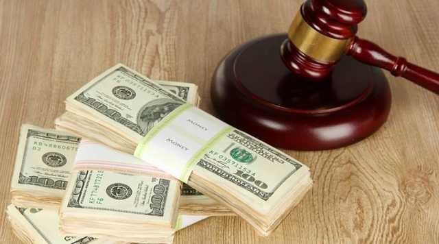 Судью Голопристанского суда подозревают в помощи квартирным мошенникам