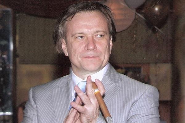 «Выбивали двери, покалечили какого-то гражданина». Адвокат рассказал о задержании «вора в законе» Шишканова