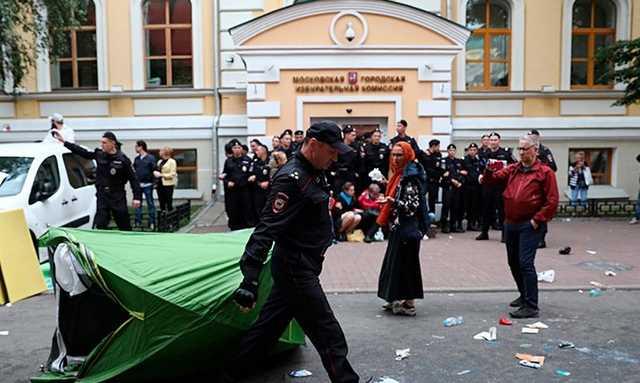 Следователи возбудили дело из-за митингов и пикетов у Мосгоризбиркома
