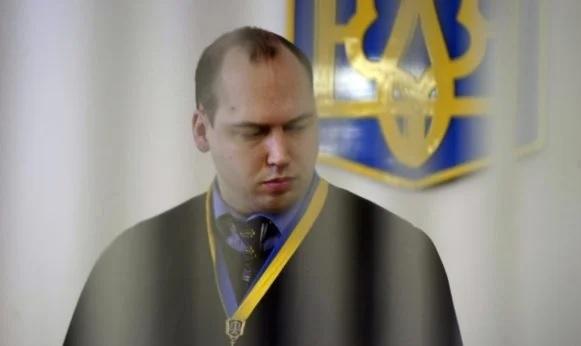 Скандальный судья Вовк постановил выплатить Портнову почти 7 млн из бюджета