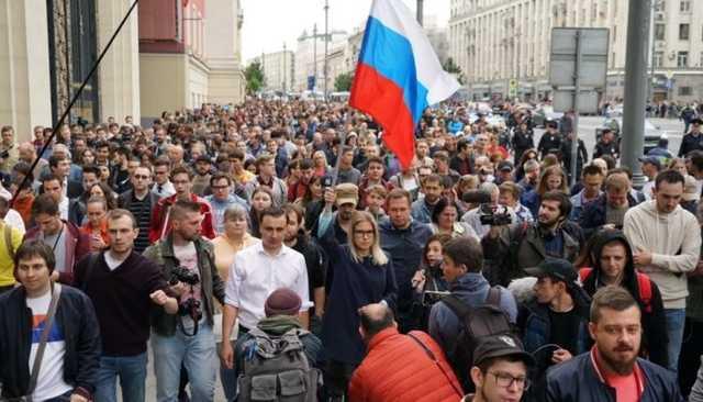Москвичи рассказали о своём отношении к протестам из-за выборов без выбора