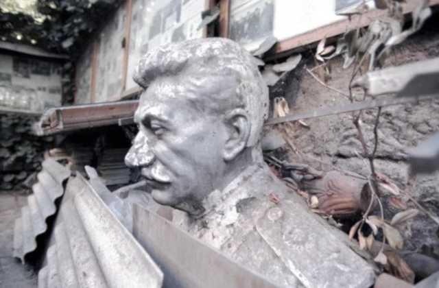 Бывший следователь генпрокуратуры потребовал завести дело на Сталина