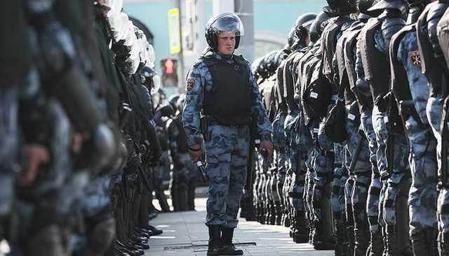 В России стартовала общественная кампания за деанонимизацию полицейских и росгвардейцев на митингах