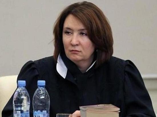 «Золотую судью» Хахалеву отстранили от дел