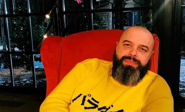 Максим Фадеев высказался об избиении девушки на митинге в Москве