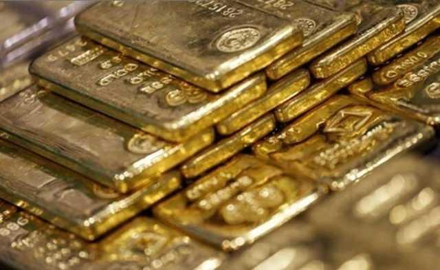 Россиянку задержали на таможне с 10 слитками золота в обуви