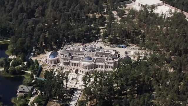 Парад роскоши: Журналисты показали дворец Ахметова