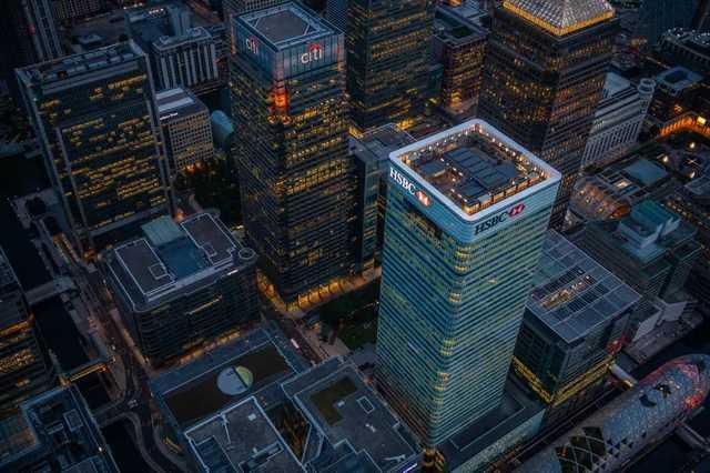 Компания «Новошип» требует от британского фонда 91 млн долларов за слив конфиденциальной информации