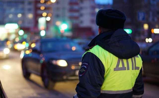 На Урале инспектор ГИБДД за взятку оформил три вымышленных ДТП