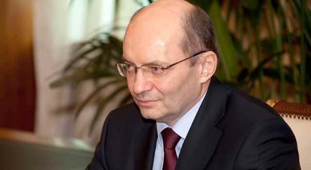 После того, как Александр Мишарин потерял должность, его родственники потеряли бизнес