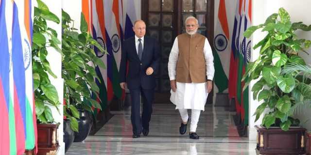 Путин пригласил Моди в гости