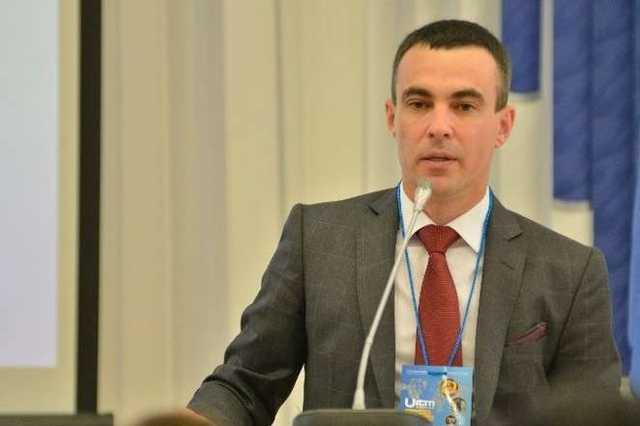 Депутат Киеврады Мейзель подозревается в предоставлении липового диплома