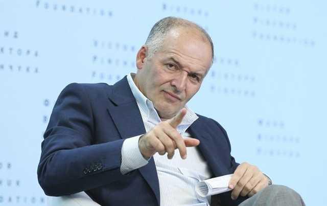 "Пинчук заплатил $5,7 млн лоббистам Януковича для борьбы против Тимошенко, — ""Голос Америки"""