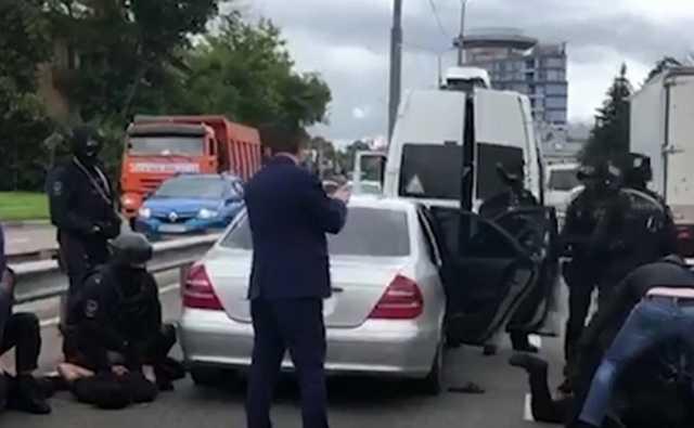Банда кавказцев задержана в Подмосковье за серию ограблений