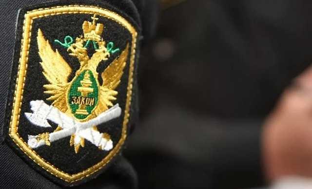 В Твери замглавы отдела судебных приставов поймали на получении взятки