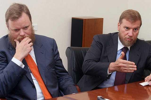 Братьев Ананьевых обвинили в растрате более 66 млрд руб. и $575 млн