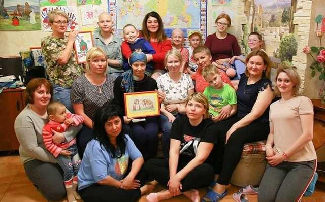«Требуют прописку, грозят участковым». В Москве жители пытаются выселить из дома онкобольных детей