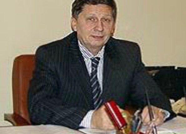 Одного из самых богатых чиновников Кремля, «надувшего» государство на 96 млн рублей, подозревают в злоупотреблении полномочиями
