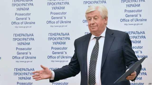 Шокин через Верховный суд планирует восстановиться в должности генпрокурора