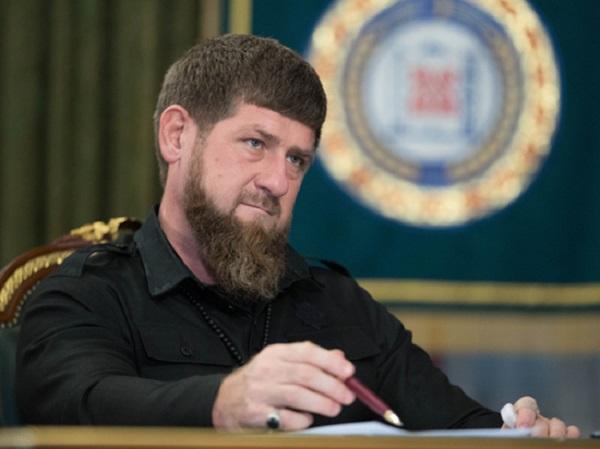 Кадыров потребовал найти поющего «гори-гори ясно» во время грозненского пожара