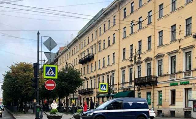 Депутат Боярский уличил спецсвязь в неправильной парковке там, где нарушил ПДД его отец