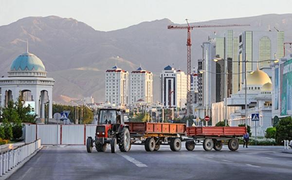 Если не придут инвесторы, придет ИГИЛ. Что ждет Туркменистан?