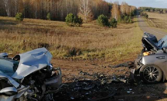 Шестилетний ребенок погиб в аварии в Татарстане. Момент жуткого ДТП попал на видео