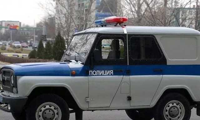 В Йошкар-Оле находящийся в розыске мужчина пырнул ножом полицейского