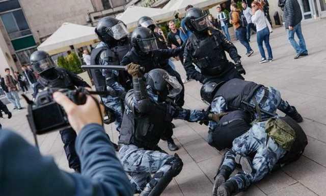 Росгвардия не нашла нарушений при задержании Павла Устинова
