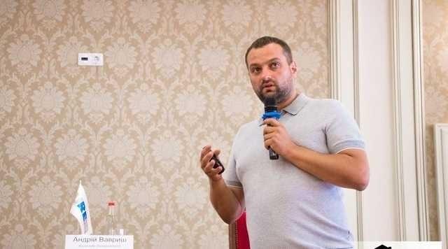 Смотрящий Андрей Ваврыш сел в лужу