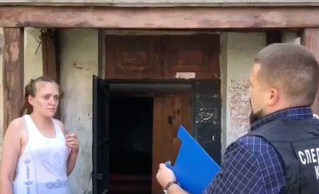 В Бийске мать убила младенца об стену и бросила в подъезде