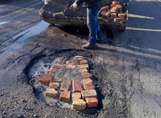 Винницкие дороги «ремонтирует» «переходная прокладка» из Австрии