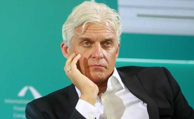 Олег Тиньков: лучший шут среди банкиров и лучший банкир среди шутов