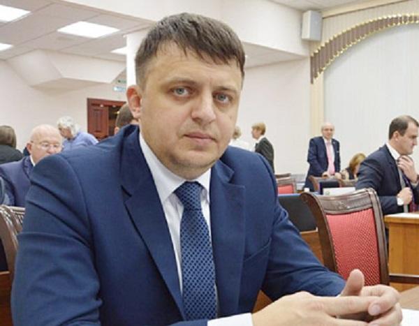 В Совете федерации появился и тут же исчез новый судимый сенатор Приятнов
