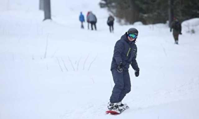 У бизнесмена в Москве, угрожая оружием, украли 20 сноубордов