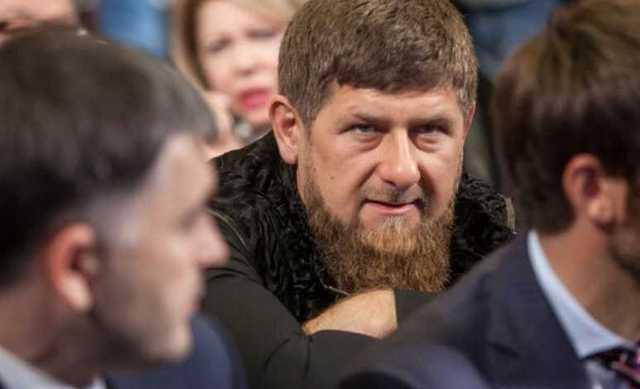 Кадыров призвал наказывать за оскорбление чести в интернете. «Убивая, сажая, пугая»