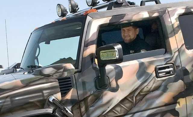 Кремль отказался проверять призыв Кадырова карать, «убивая и сажая», за попрание чести