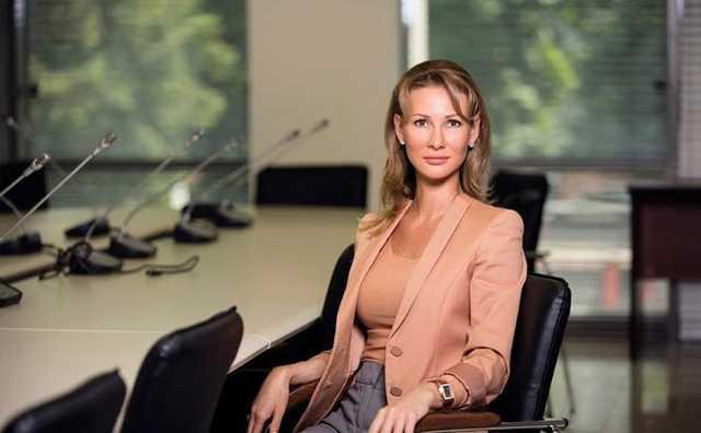 Экс топ-менеджер Ростеха подала в суд на пользователя «ВКонтакте» из-за поста о ней
