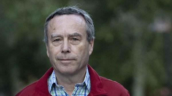 Главный редактор Financial Times объявил об отставке. Он руководил газетой 14 лет