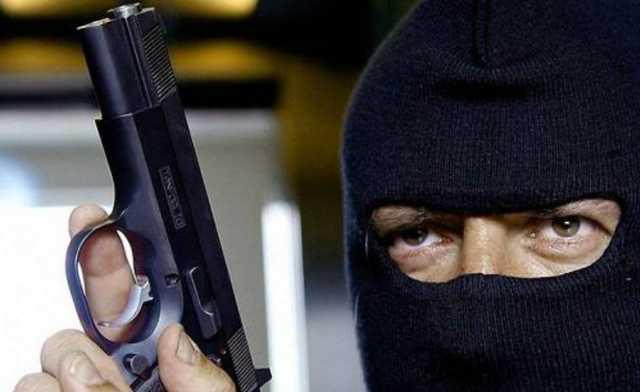 В Самаре экс-полицейского осудили за вооруженный налет на микробанк